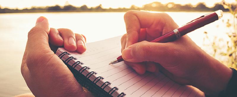 ビジョンをノートに書く
